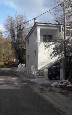 Μονοκατοικία 180 τ.μ. Καινούργια στην Νέδουσα.